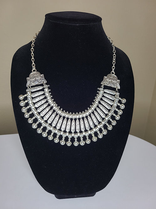 Vintage Style Silver Ball Necklace