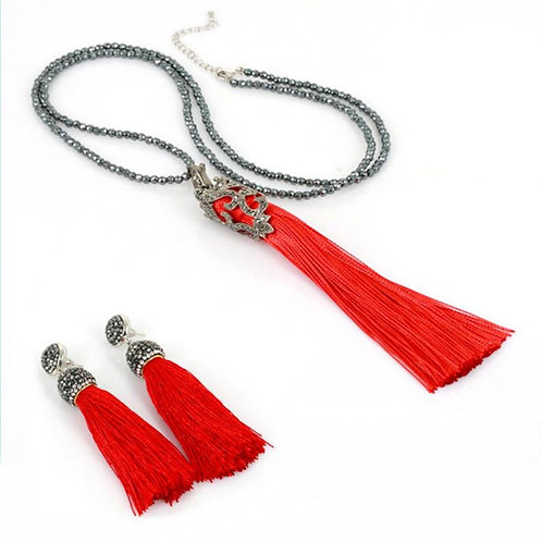 Red Silk Tassel Set
