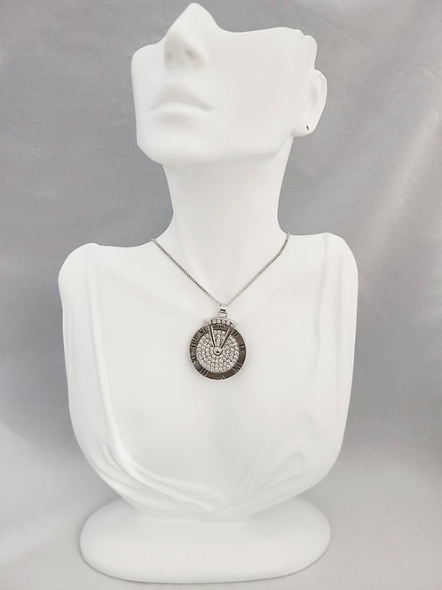 Timeless Pendant Necklace