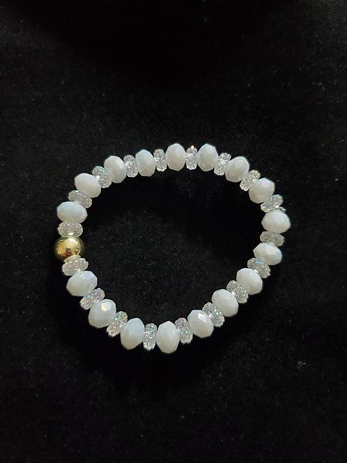 Pretty White Bracelet