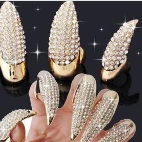 Diamond-encrusted fingernail eagle claw ring