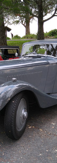 1934 Bentley - subdued and classy