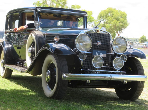 Cadillac V-16 c 1932.  Allora