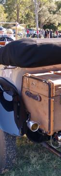 R-R Ghost.  Nice trunk!