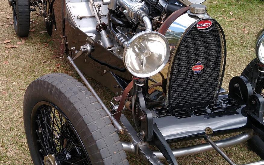 Inside Doug Heming's Anzani Bugatti