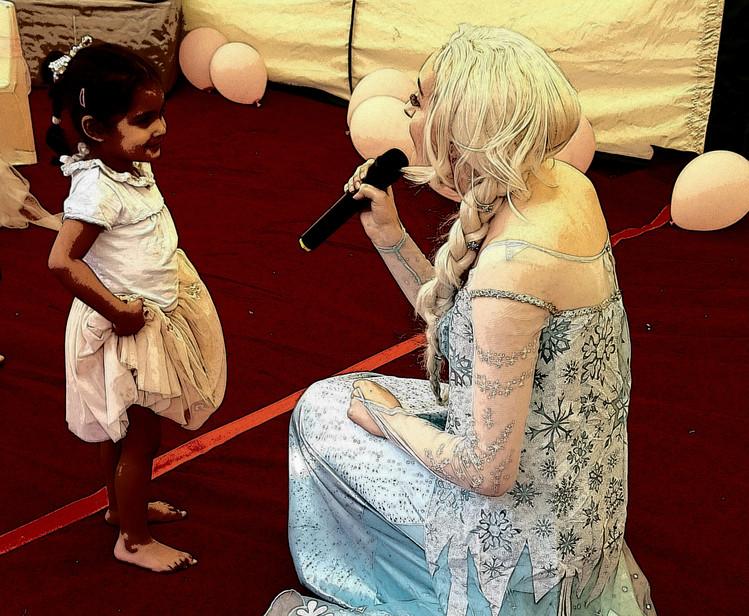 Elsa sing-a-long party