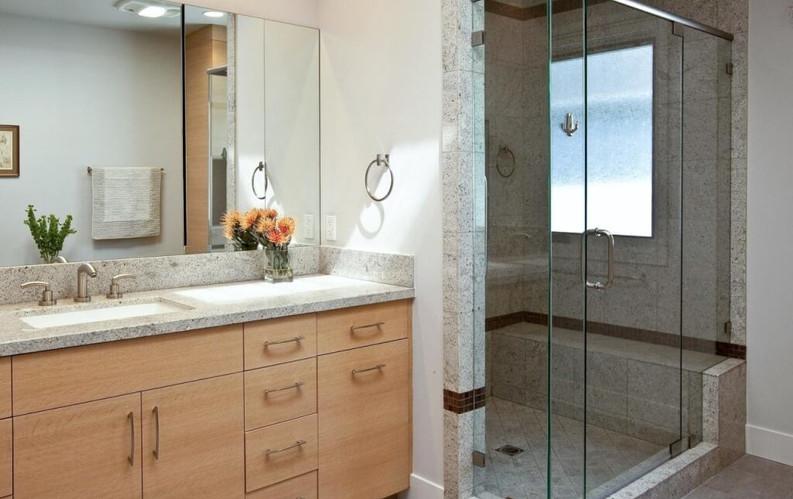 Semi-Frameless Shower Screen & Mirror.jpg