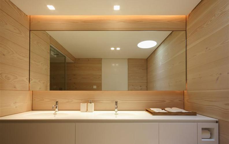 Mirror Frameless.jpg