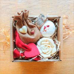Valentines Gift box - Medium 2