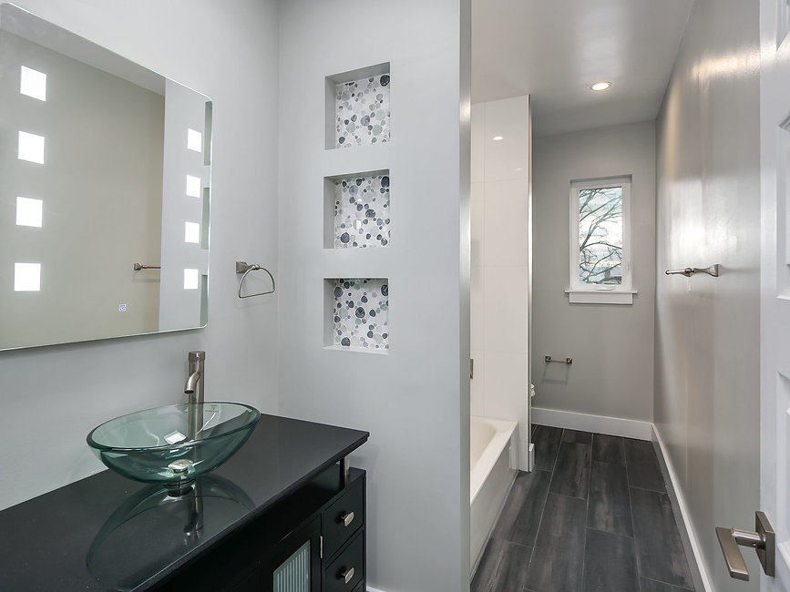 5422 8th St NW Unit 2-MLS_Size-039-25-54