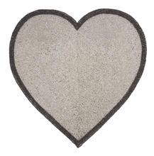 1576_silver-heart-placemat.jpg