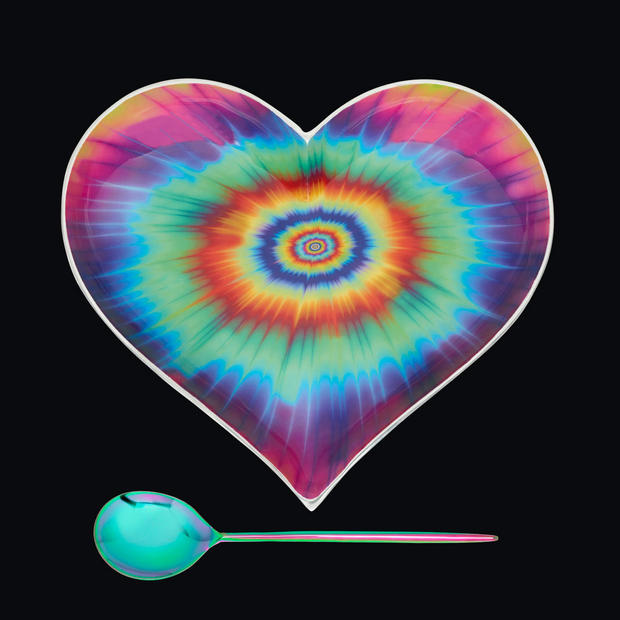 1550_Large-Groovy-Heart-w-Spoon-Blk.jpg