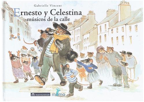 Ernesto y Celestina músicos en la calle