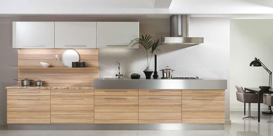 Light Walnut High-Gloss & Cappuccino High-Gloss Kitchen