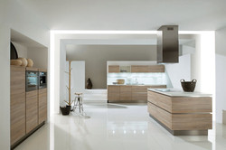 Light Walnut High-Gloss Enya Walnut Kitchen