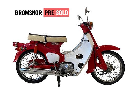 verkocht HONDA C50 RED restored