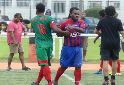 L'album photos FOOTNC du choc entre MOULI SPORTS et le FC GAITCHA (PH SUD)