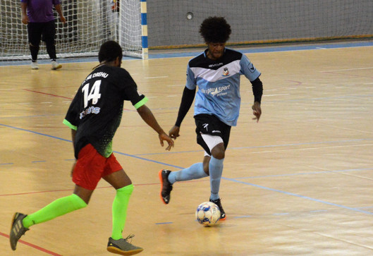 Buteurs Super Ligue Futsal : Loiny Wadriako (SCO Kartier Nord) rattrape Eric Saihuliwa (Olympique) !