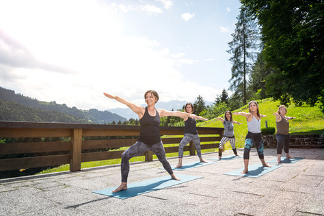 yoga_02.jpg