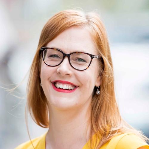 Kide on kirjoituskoulu ja kirjoituskoulutuksia tarjoava yritys. Perustajat Sanna Sevänen ja Mari Valkonen ovat kokeneita toimittajia ja kouluttajia.