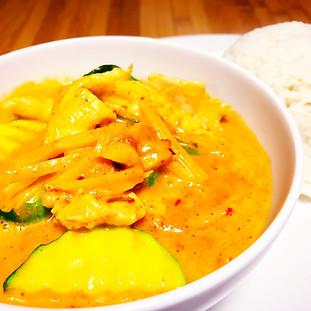 16. RED CURRY