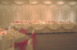 Starlight top table swag with lights