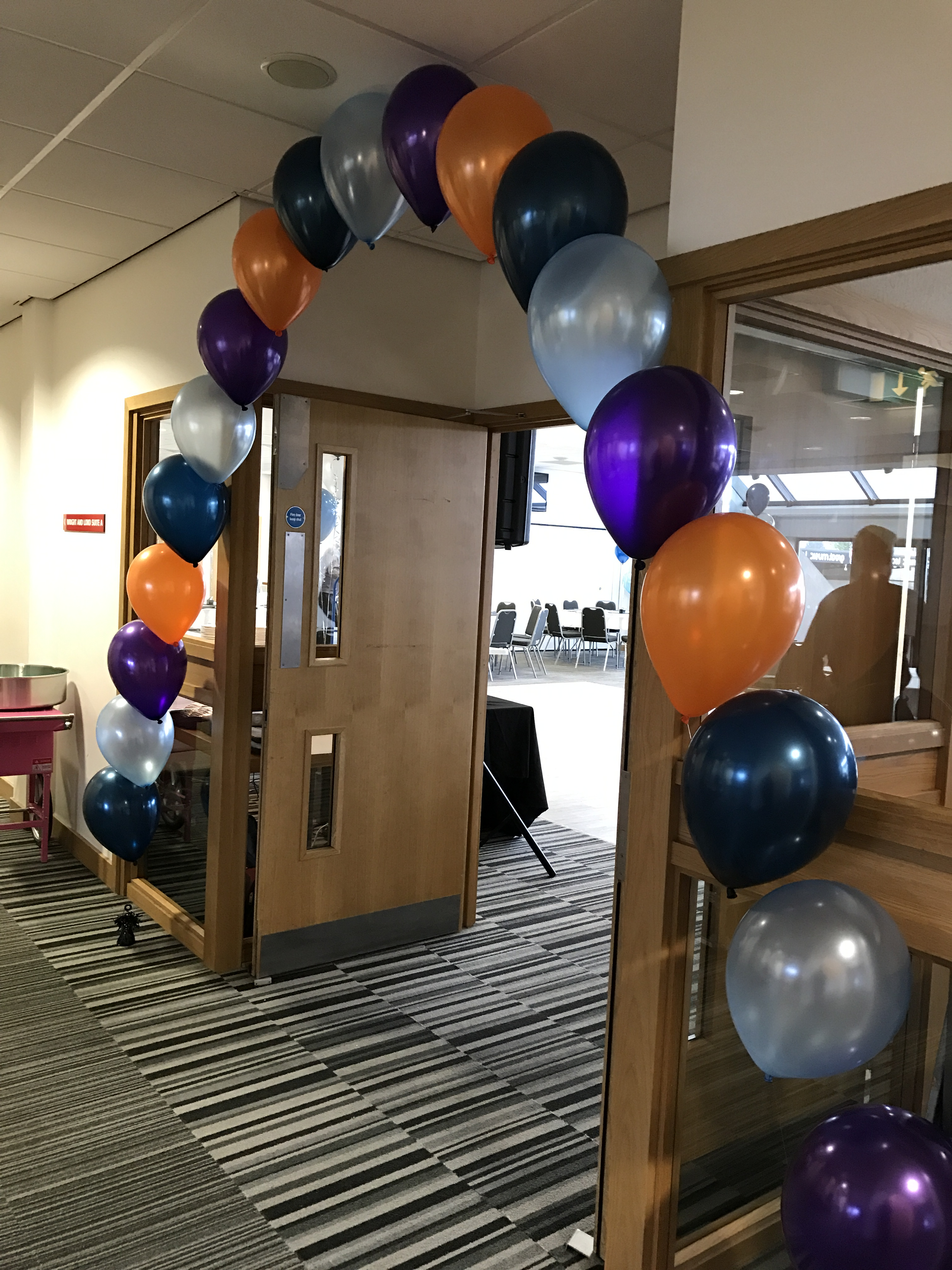 Balloon Arch at the Globe Arena