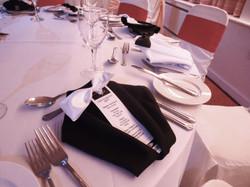 Dinner jacket napkin fold black DSC02719