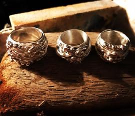 Bobble rings