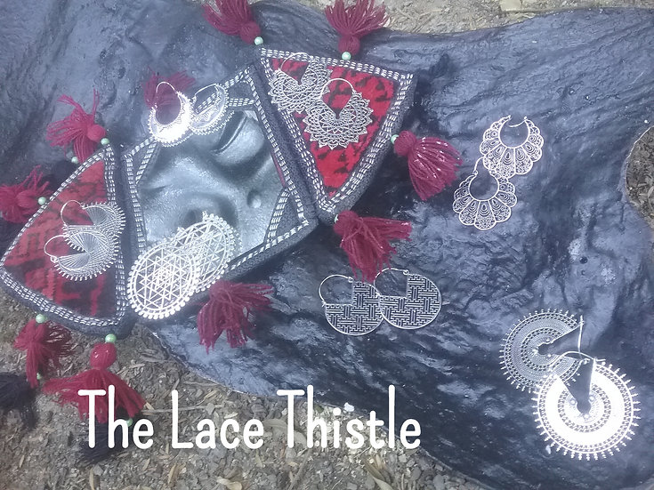 https://www.facebook.com/The-Lace-Thistle-1419147215004345