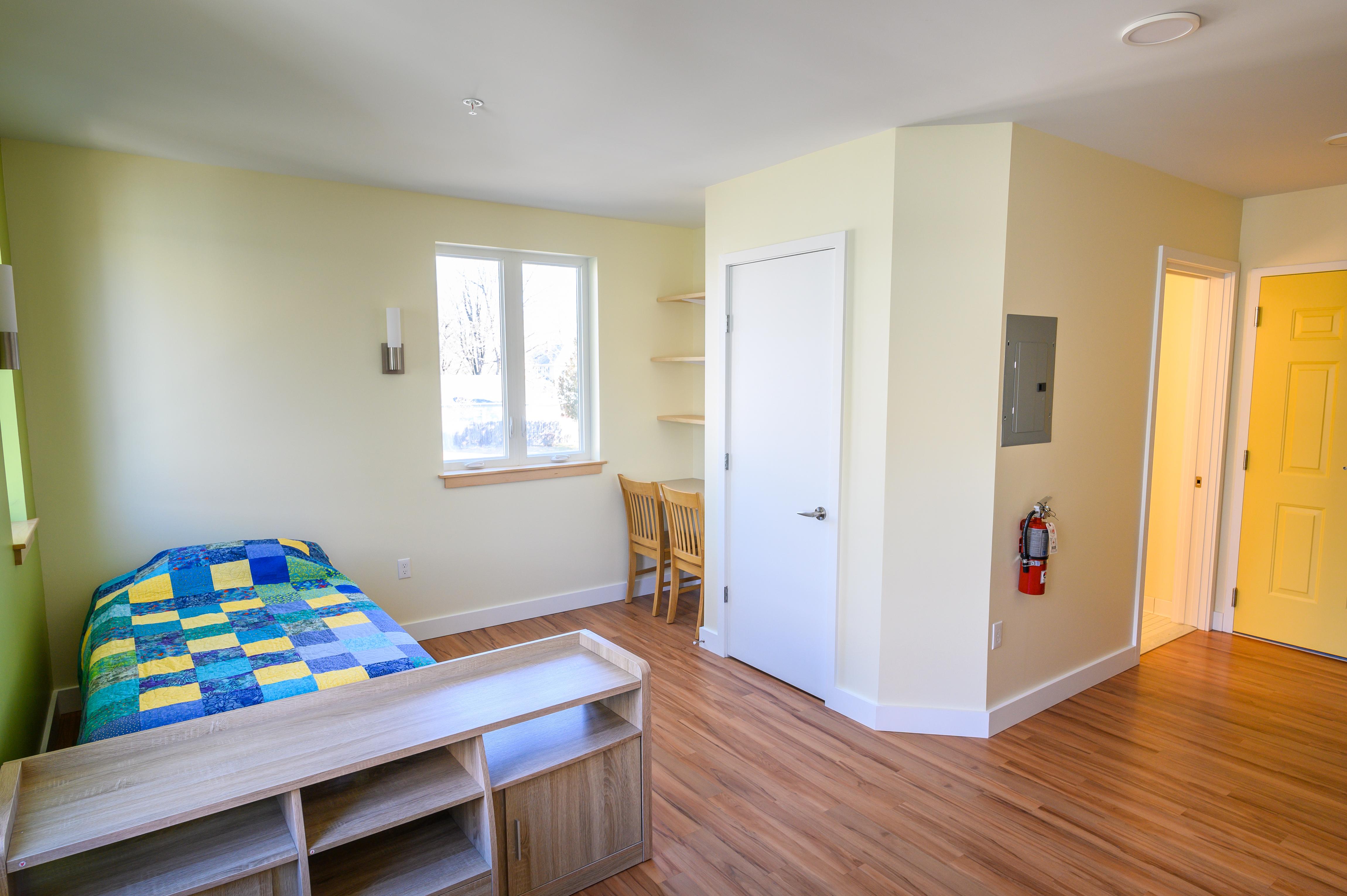 Dial / Self Northampton Teen Housing