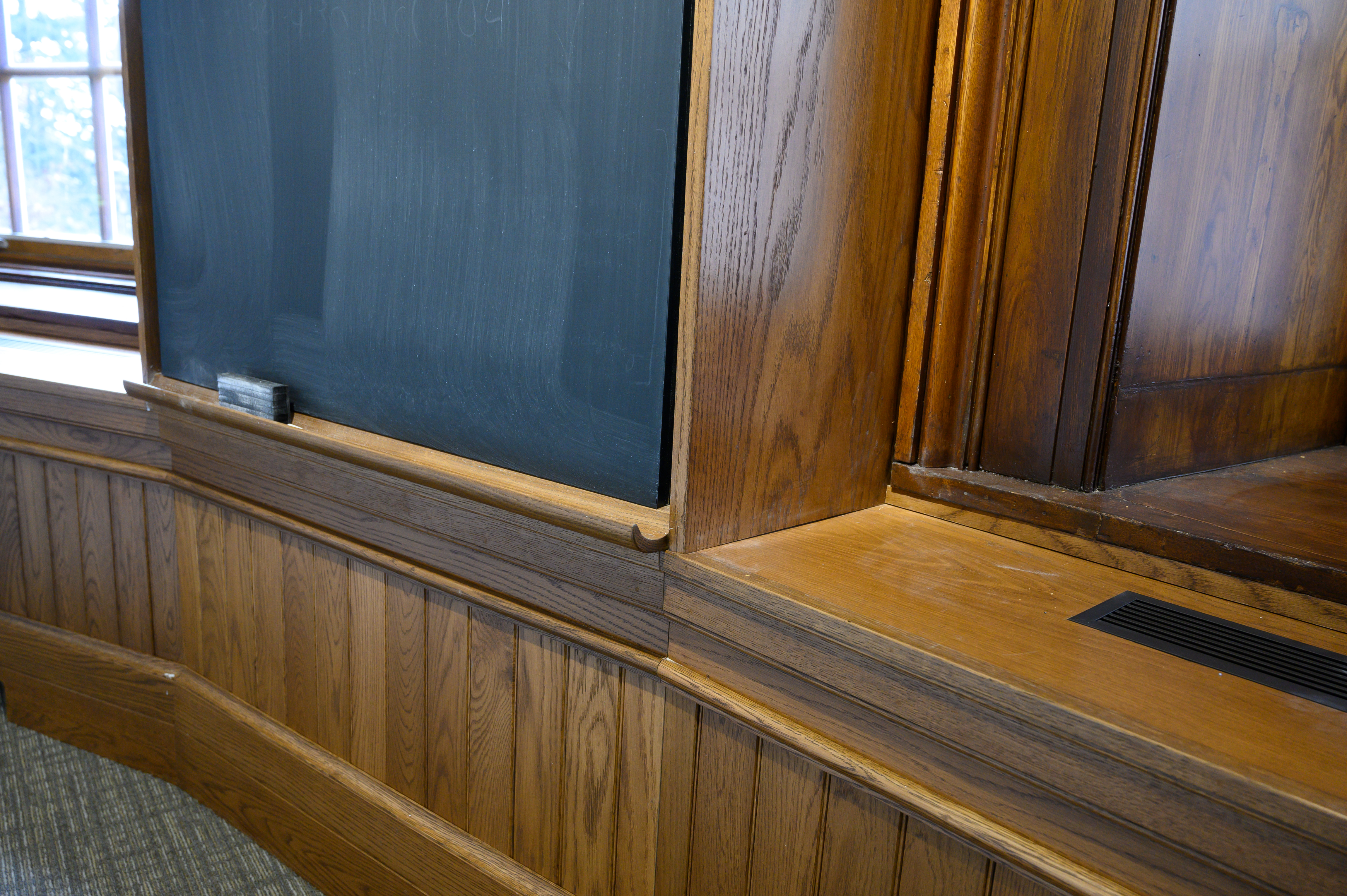 Smith_classroom_Seeley_106-34