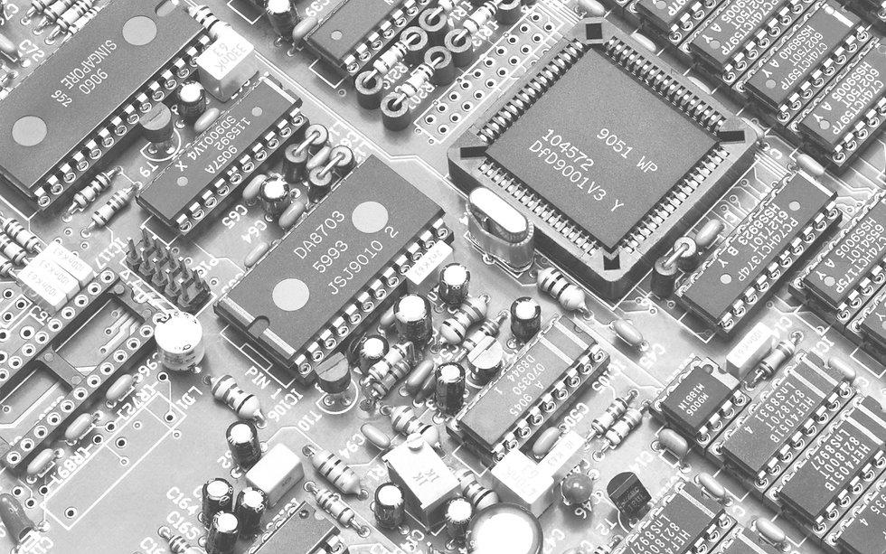 circuits and cpasitors-gray.jpg