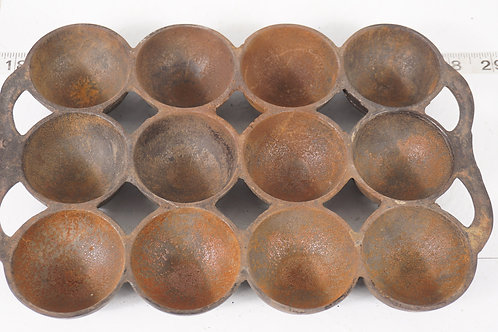 Mid 1800s Cast Iron Gem Muffin Pan No 6 - F