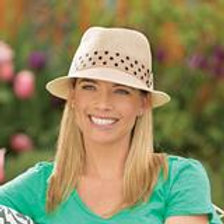 Wallaroo Gigi Hat in Natural With Black Polka Dot Band