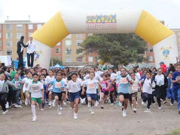 3800 participantes en el Segundo Festival Atlético 2015 del Instituto de Deportes de Soacha
