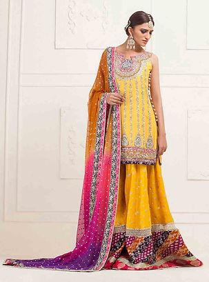 Zainab-Chottani-Pakistani-Mehndi-Dresses