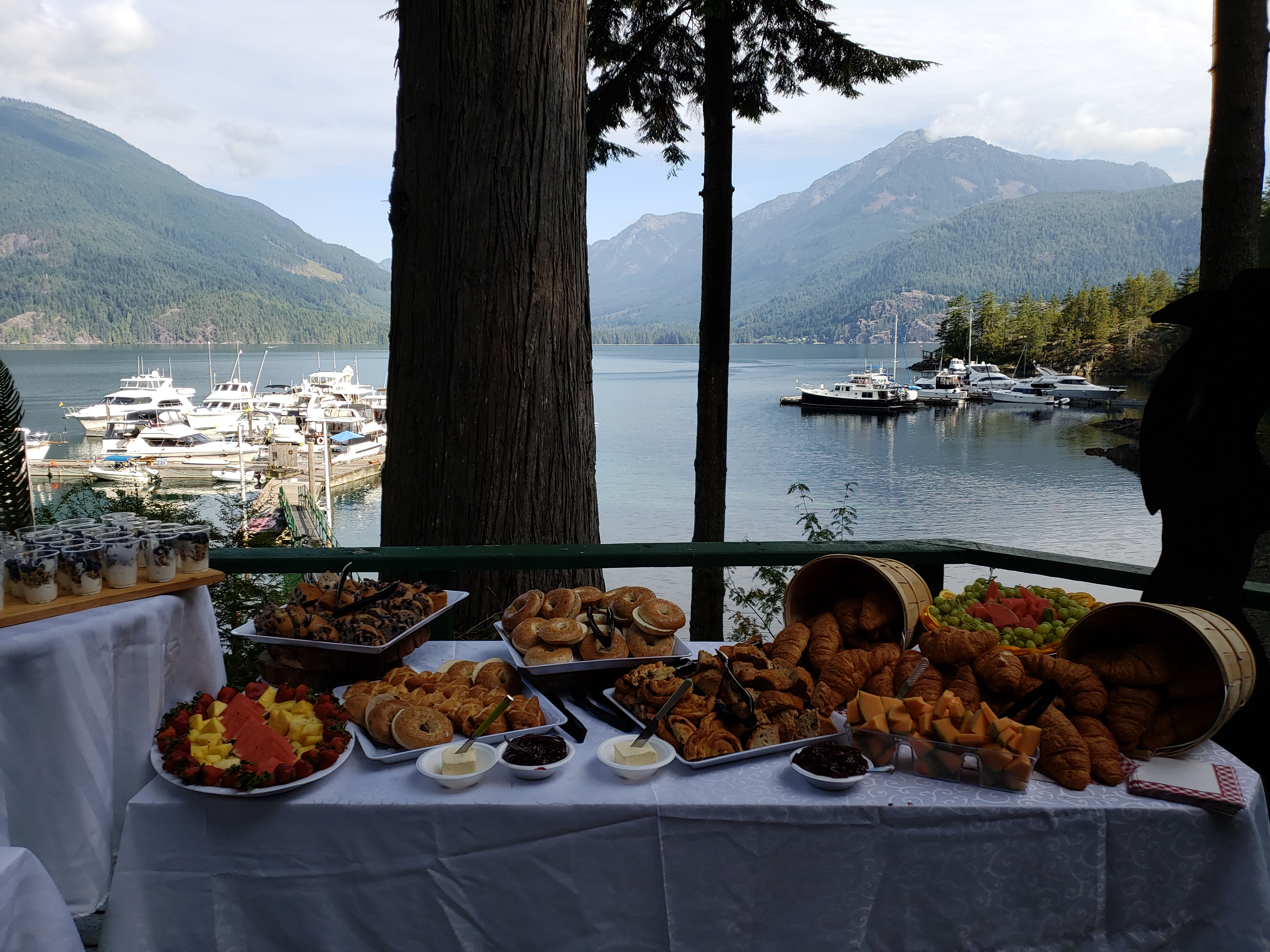 Sunday Brunch at the Fall cruise