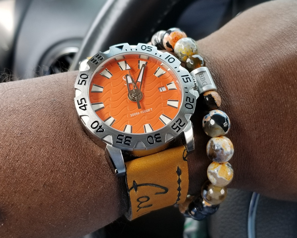 WOTD wrist-shot of the Smith & Bradley, Wraith Diver.  Paired with a custom-designed, beaded bracelet, crafted by Beads By Gonzo.