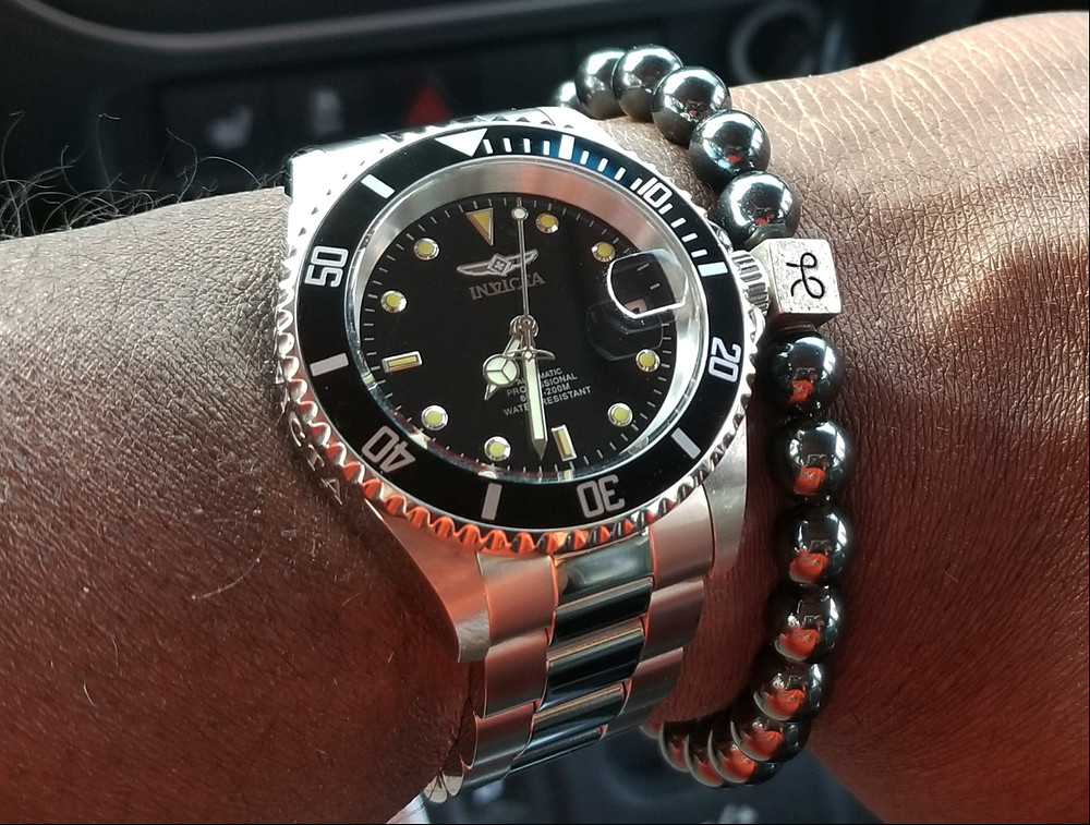 WOTD wrist-shot of Invicta, Pro Diver 8926OB.  Paired with a minimalist, Hematite stone beaded bracelet, designed by Aurum Brothers.