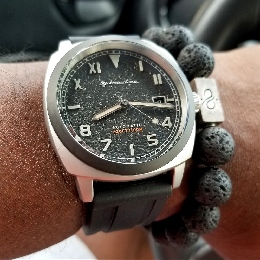 WOTD wrist-shot of the Spinnaker, Hull - California, Tactical Edition.  Paired with large gauge, lava stone bracelet, crafted by Aurum Brothers.