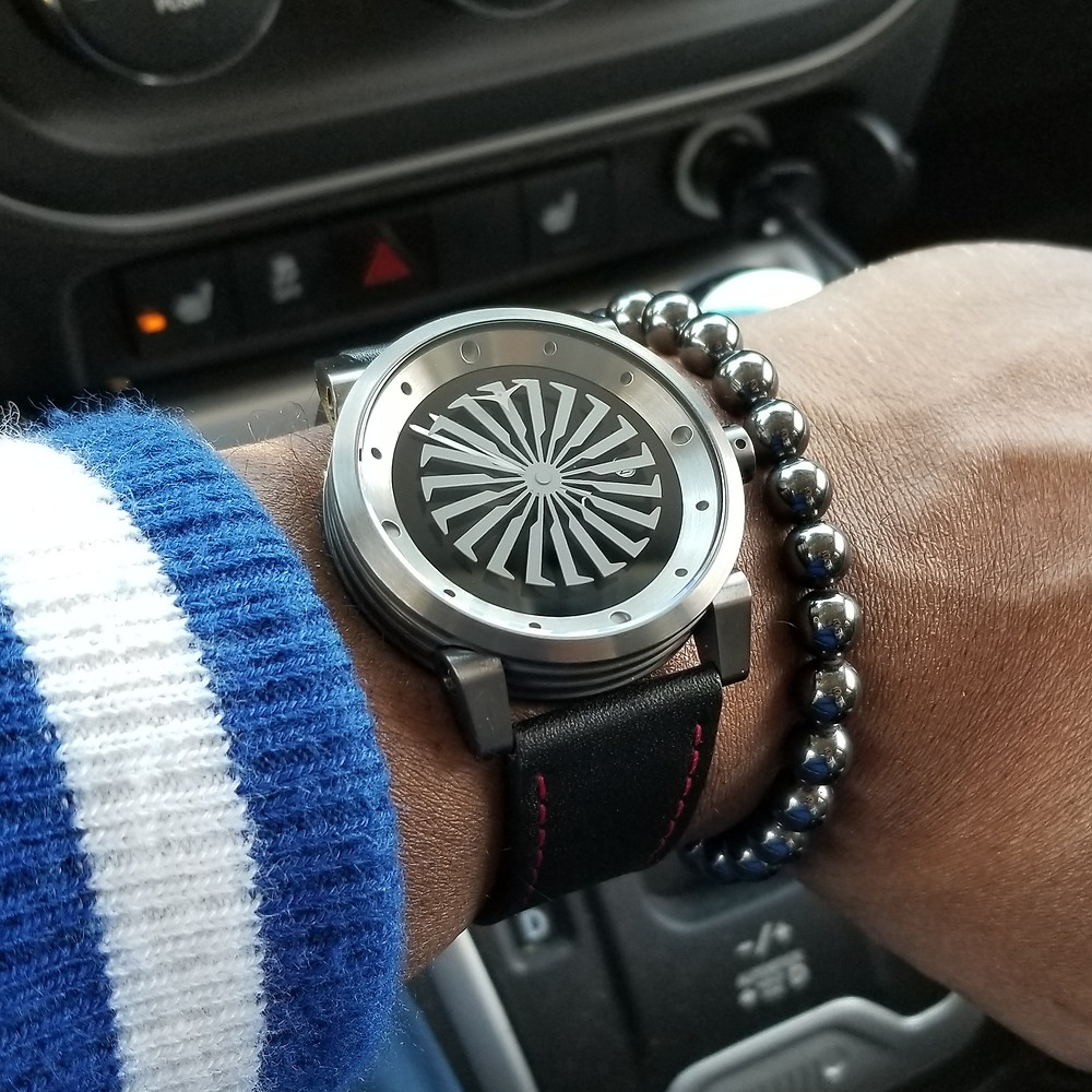 WOTD wrist-shot of the Zinvo Blade, in gunmetal, paired with an Aurum Brothers, minimalist, hematite, beaded bracelet.