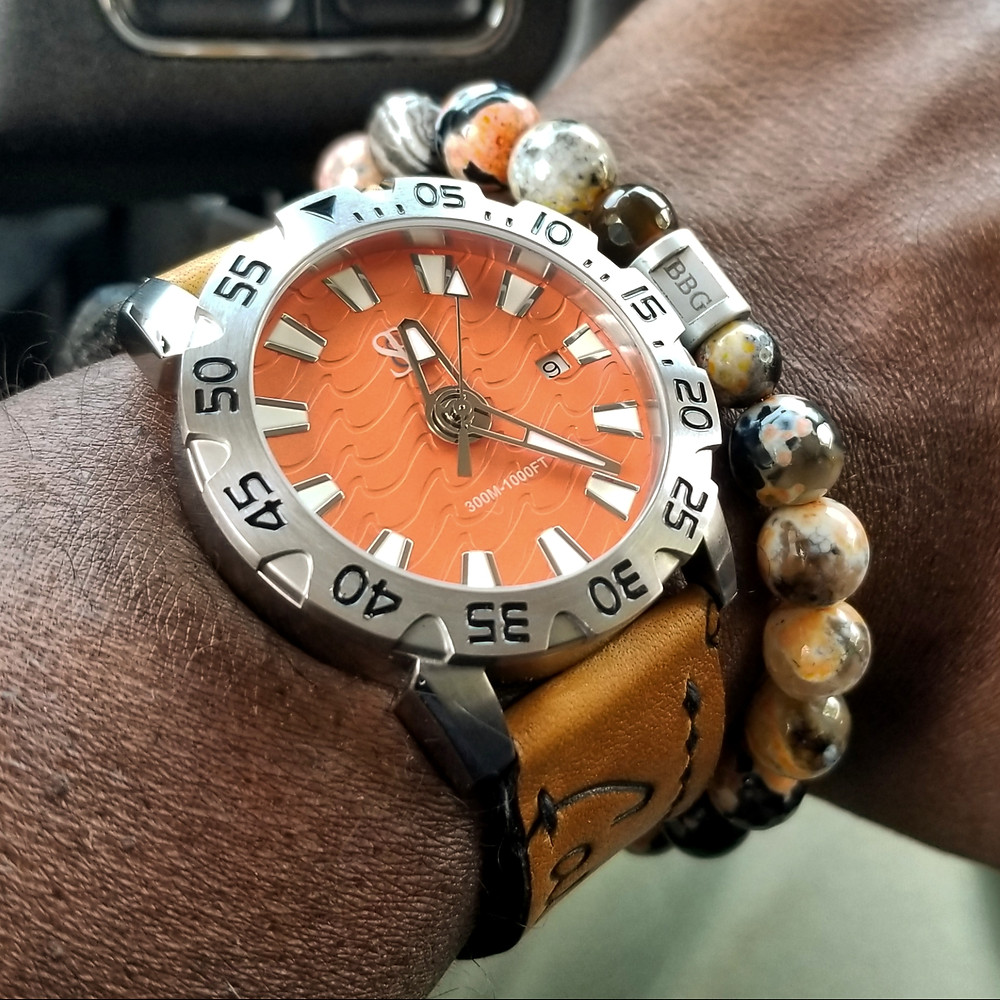 WOTD wrist-shot of the Smith & Bradley (S&B) Wraith.  Paired today with a beaded bracelet, custom-made by Beads By Gonzo.