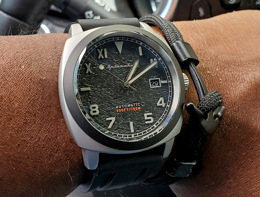 WOTD wrist-shot of the Spinnaker, Hull - California (Tactical Edition).  Paired with an Obsidian, Anchor rope bracelet, designed by Dorsal Bracelet Company.