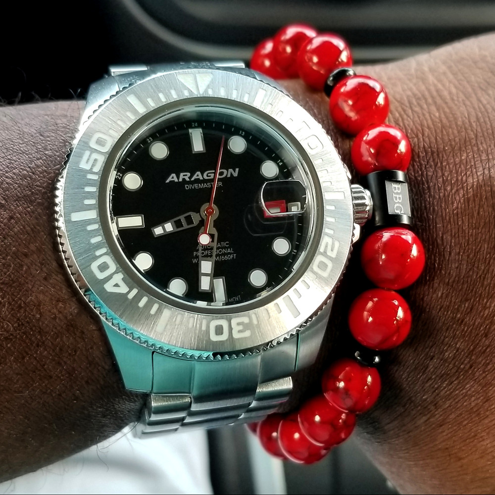 WOTD wrist-shot of the Aragon, Divemaster II, Automatic.  Paired today with a beaded bracelet, custom-crafted by Beads By Gonzo.