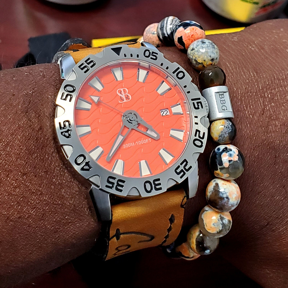 WOTD wrist-shot of the Smith & Bradley (S&B), Wraith Diver.  Paired with a custom-designed bracelet, crafted by Beads By Gonzo.