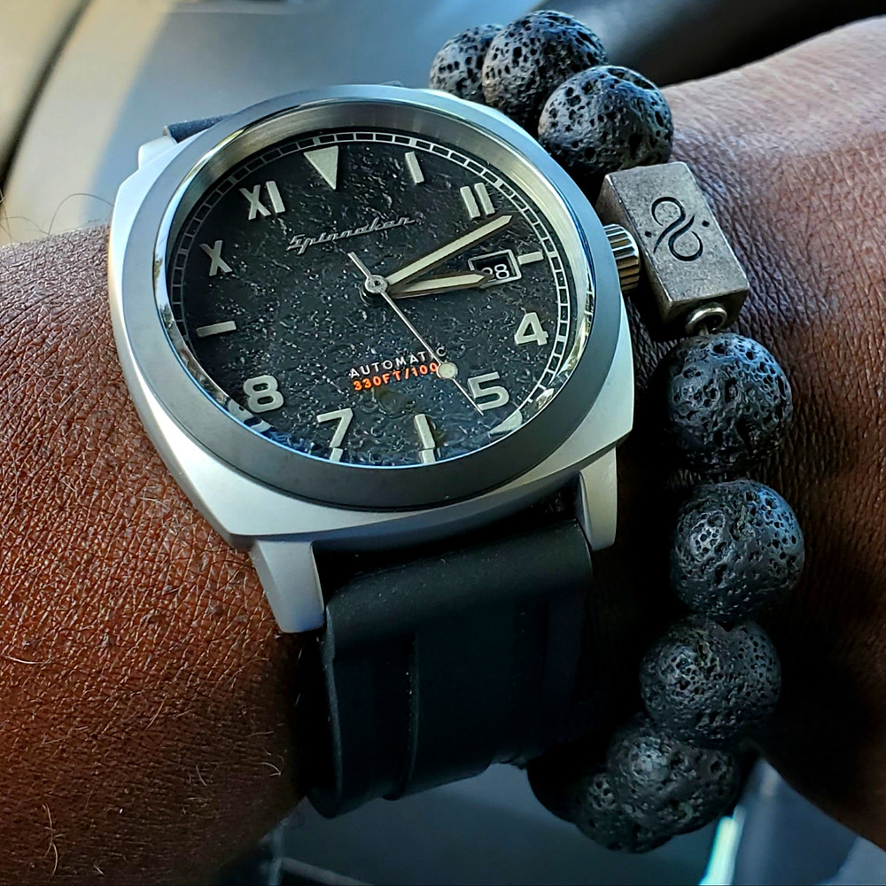 WOTD wrist-shot of the Detomaso, Trieste Globetrotter.  Paired with minimalist, Sodalite stone bracelet, designed by Aurum Brothers.