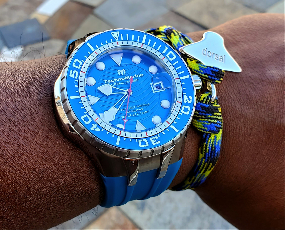 WOTD wrist-shot of the TechnoMarine, Blue Reef Diver.  Paired with an Eagle Ray, rope bracelet, crafted by Dorsal Bracelet Company.