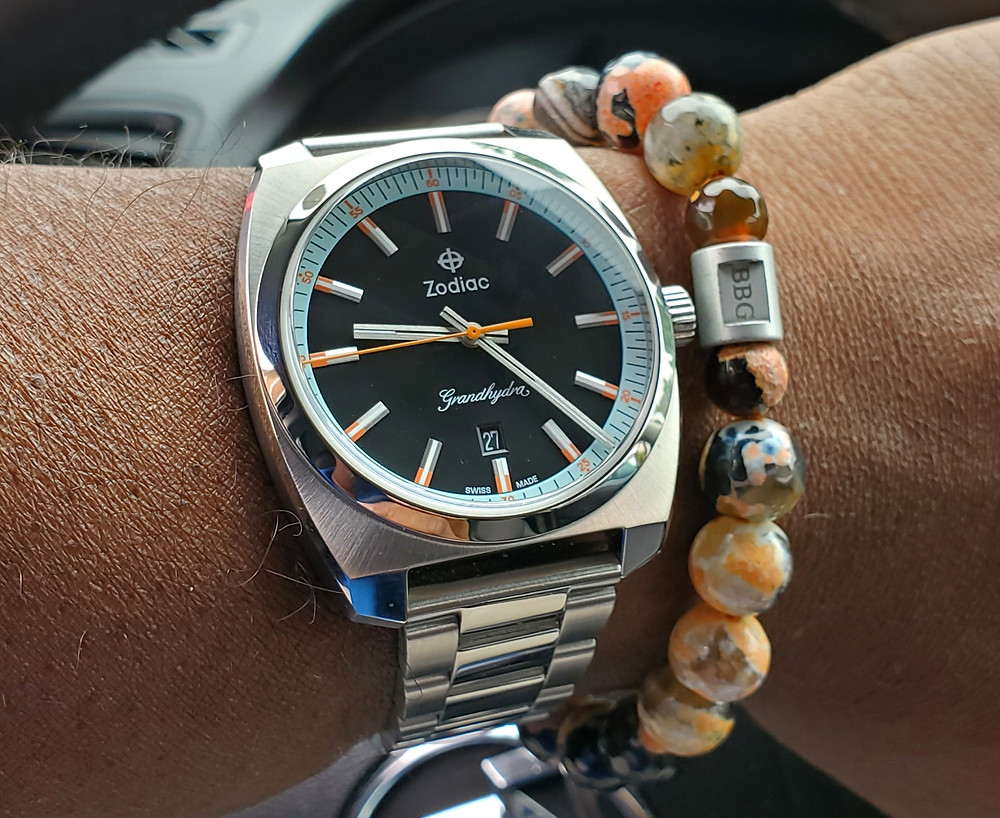 WOTD wrist-shot of the Zodiac, Grandhydra.  Paired with a custom-crafted bracelet, designed by Beads By Gonzo.