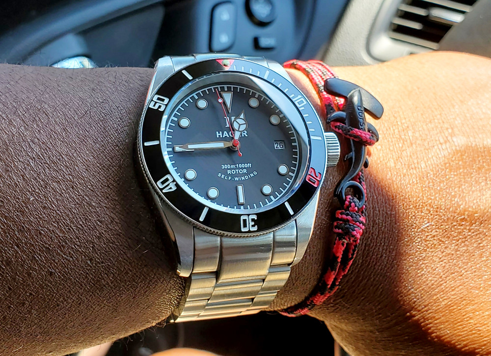 WOTD wrist-shot of the Hager Watch, Aquamariner Diver.  Paired with a Hammerhead rope bracelet, designed by Dorsal Bracelet Company.